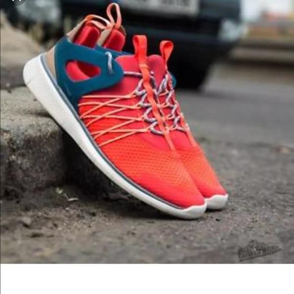 0832b9ead9199 Nike Free Viritous Bright Crimson Size 8 NWT